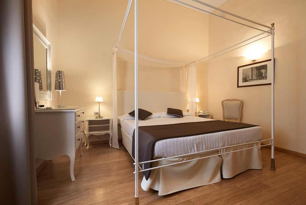 3 sterne hotel mit klimaanlage in florenz die zimmer des hotels mit sat tv in florenz hotel. Black Bedroom Furniture Sets. Home Design Ideas
